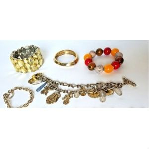 Jewelry - Lot of 5 bracelets costume jewelry
